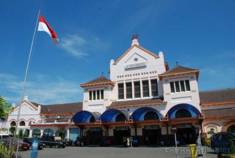 Jadwal Kereta Api dari Cirebon ke Berbagai Daerah