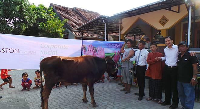 Aston Cirebon Hotel Berbagi Hewan Kurban