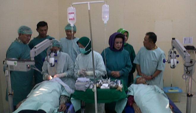 100 Orang Penderita Katarak di Wilayah Kabupaten Kuningan Dapatkan Bantuan Operasi Katarak Gratis