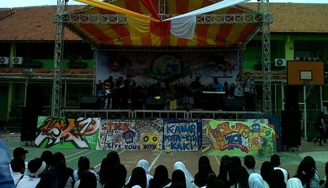 Gawe 79 SMAN 6 Kota Cirebon Tahun Ini Bertajuk 'Stick Together and Live Your Life'
