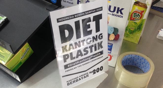 Kantong Plastik Berbayar Sudah Berlaku di Cirebon