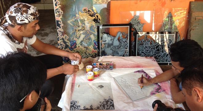 Lukis Kaca Cirebon, Seni Melukis Terbalik