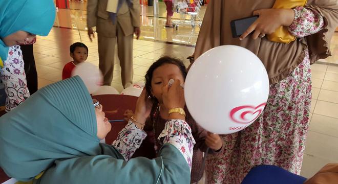 Pekan Imunisasi Nasional Polio di Grage City Mall