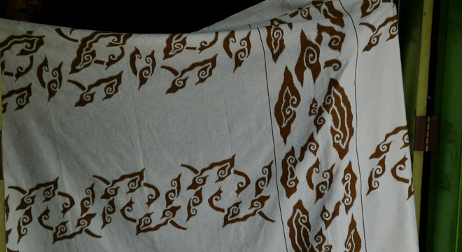 Di Bulan Ramadan, Batik Trusmi Launching Sarung Bermotif Mega Mendung