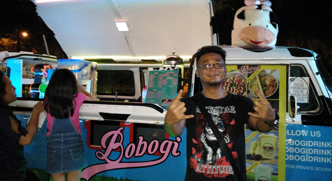 Andika The Titans Buka Booth di Foodtruck Festival Grage City Mall