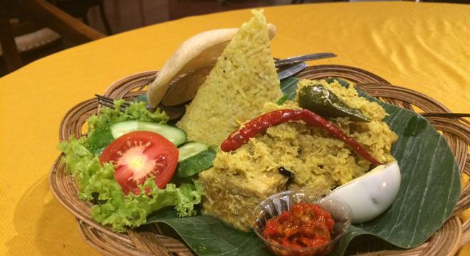 Nasi Bogana Makanan Favorit Para Raja di Cirebon