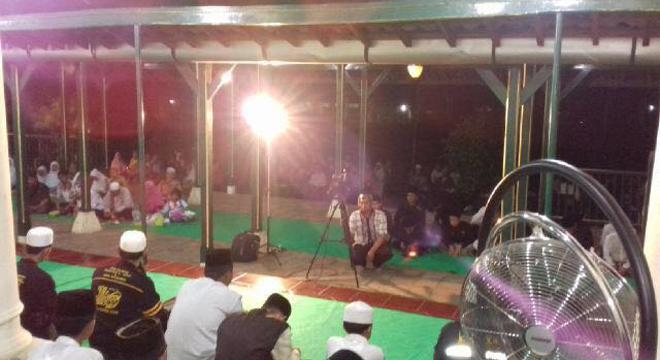 Malam Cinta Rasul Kembali Digelar di Goa Sunyaragi