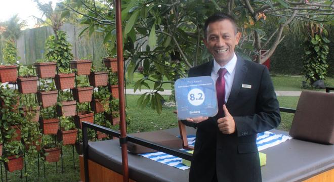 Aston Cirebon Hotel Dapat Penghargaan dari Booking.com
