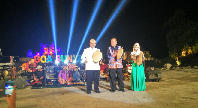 Wakil Gubernur Jawa Barat Resmikan Gotrasawala 2016 di Goa Sunyaragi