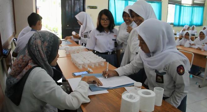 Wujudkan Pelajar Tanpa Narkoba, SMAN 2 Kota Cirebon Ikuti Tes Urine