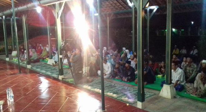 Goa Sunyaragi Gelar Pengajian Malam Cinta Rasul