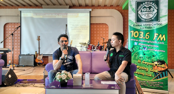 "Thomas Djorgi Promo Single Baru ""Sudahku Tahu"" di Kota Cirebon"