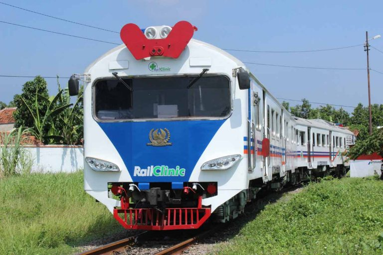 Besok, PT. KAI Daop 3 Cirebon Operasikan Rail Clinic di Ciledug