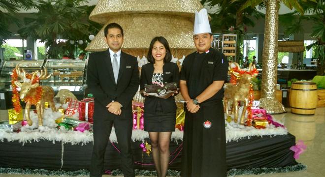 Rayakan Momen Special Natal di Aston Cirebon Hotel