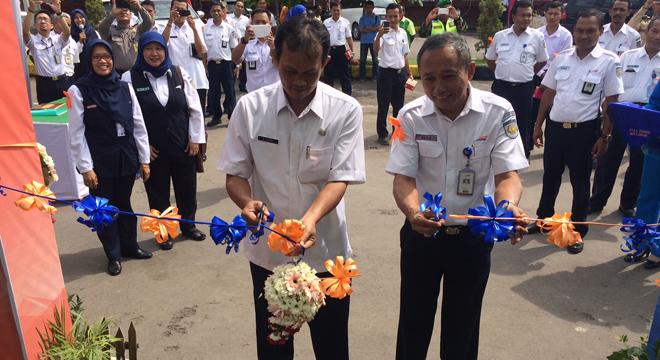 PT. KAI Daop 3 Cirebon Gelar Bazar UMKM