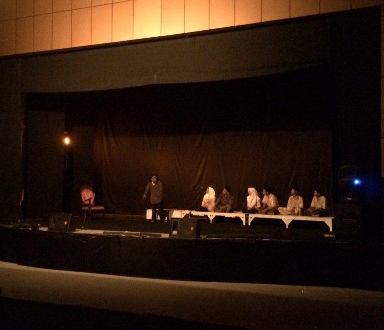 Teater Cupu Manik Cirebon Gelar Pertunjukan Dongeng Sebelum Tidur