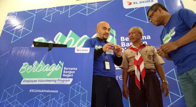PT. XL Axiata Luncurkan Program Berbagi di Cirebon