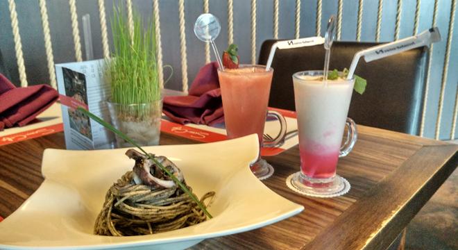 Nikmati Menu Special Blekutak di Swiss-Belhotel Cirebon