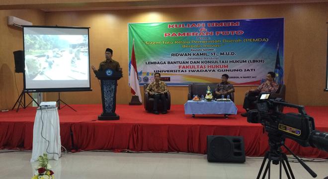 Ada Apa Ridwan Kamil Datang ke Cirebon?