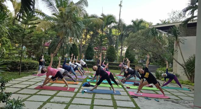 Yoga Cirebon Gelar Yoga Charity Rutin Setiap Bulan