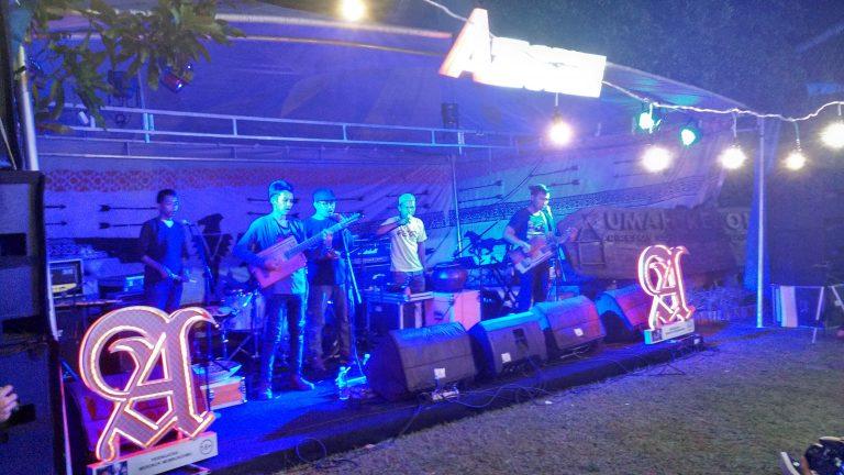 Suburbia, The First Folk Music Festival Digelar di Metland Hotel Cirebon