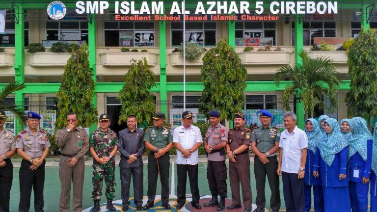 Walikota dan Muspida Kota Cirebon Tinjau UNBK dan UNPK SMP