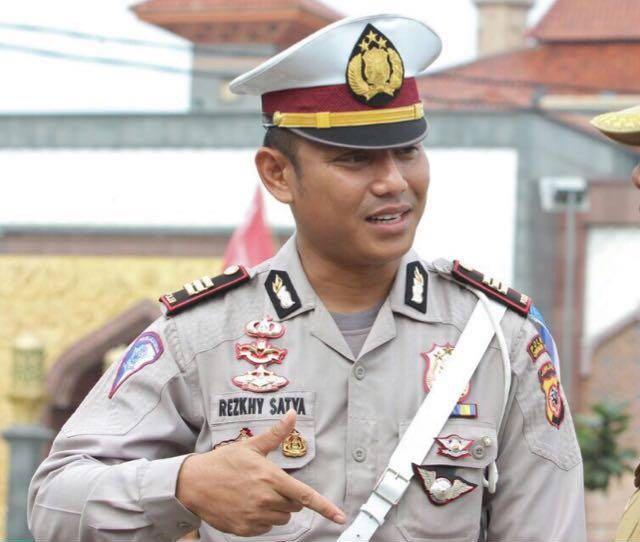 """Polisi Cirebon akan Tindak Driver Online Bawa """"Tuyul"""""""