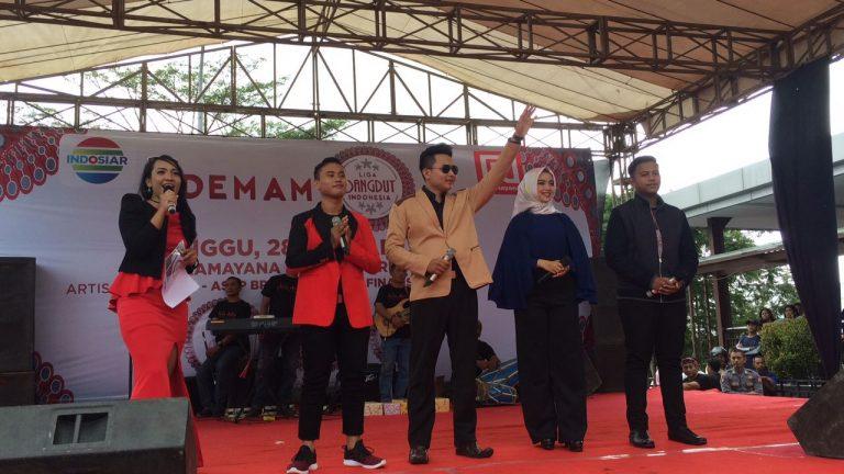 Finalis LIDA Bersama Jebolan Ajang Pencarian Bakat Indosiar Sapa Warga Cirebon