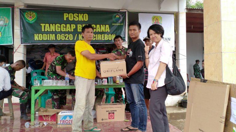 Komunitas Pena Peduli Berikan Bantuan untuk Korban Banjir di Cirebon