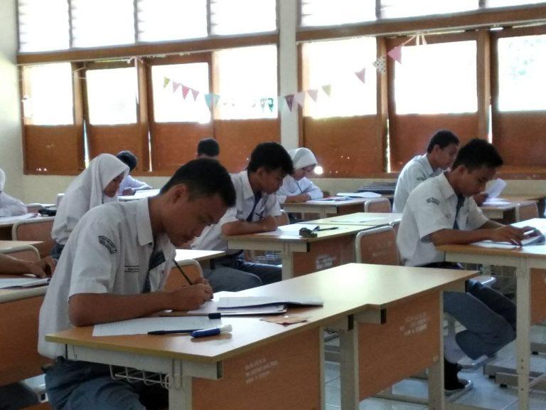 USBN Hari Pertama di SMAN 4 Kota Cirebon Berjalan Lancar