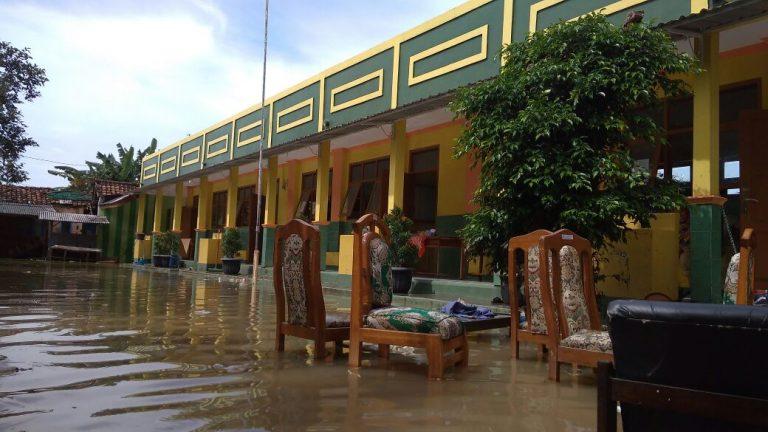 Akibat Banjir, Kegiatan Belajar Mengajar Masih Diliburkan