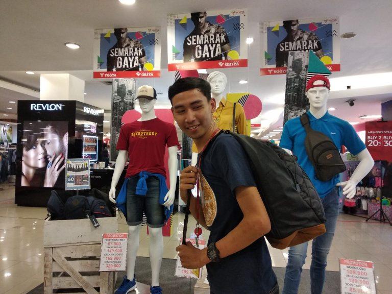 Pria Bisa Tampil Trendi dengan Produk Mens Wear di Yogya Grand Cirebon