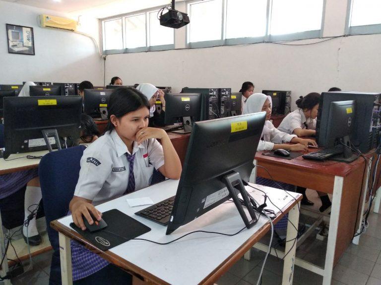 SMK Mandiri Cirebon Gelar Simulasi UNBK ke-3