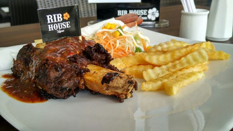 Menu Iga Bakar Khas Rib House Hadir di Grage City Mall