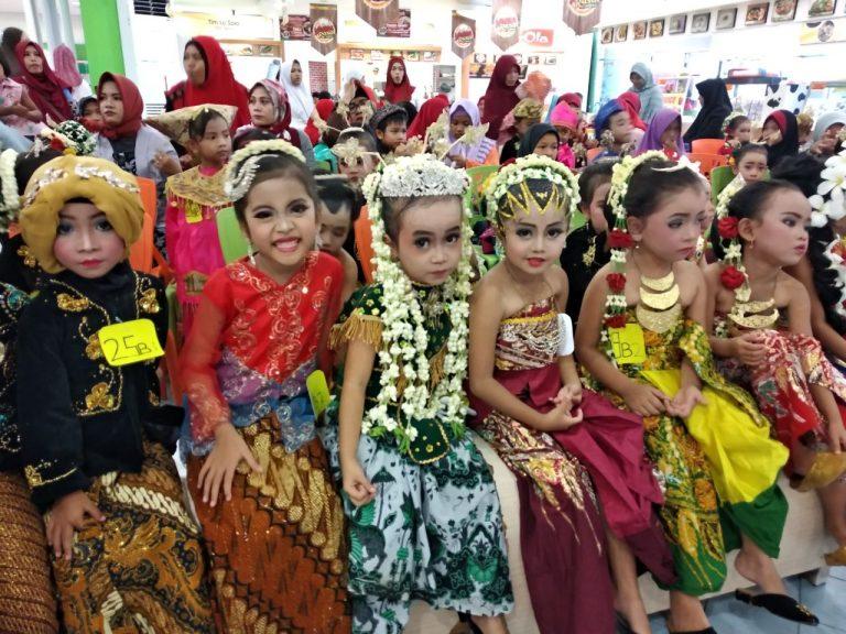 Keseruan Anak-Anak TK Bintang Peringati Kartini dan Pensi di Yogya Siliwangi