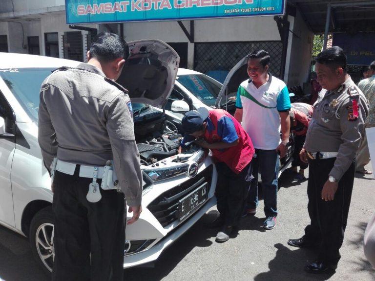 Angkutan Online di Kota Cirebon Lakukan Cek Fisik Kendaraan