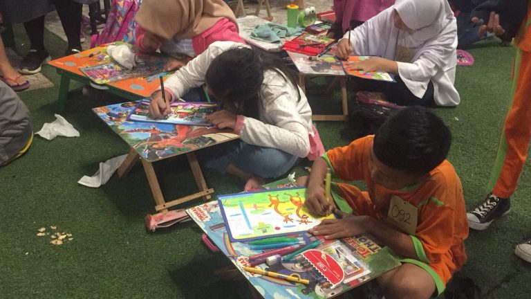 Asah Kreativitas Anak, Nutrifood Gelar Hilo School Drawing Competition 2018