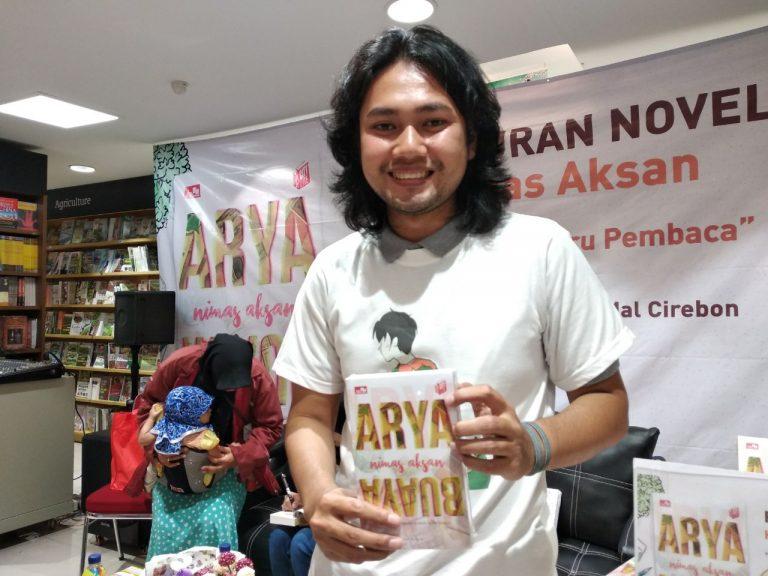 Nimas Aksan Ditantang Editor Buat Novel Berunsur Budaya