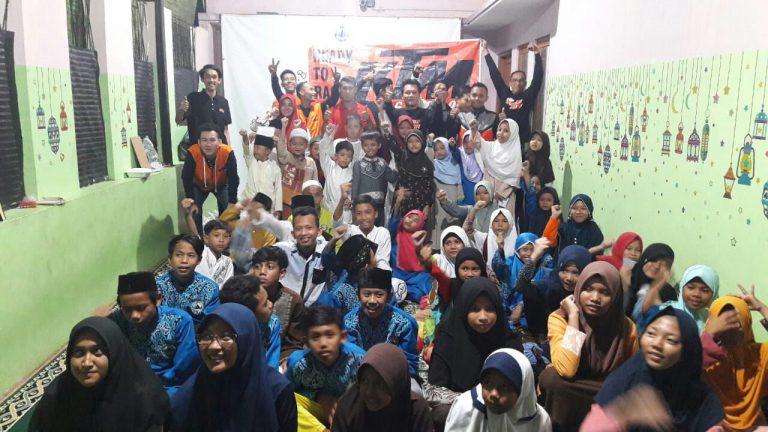 Berbagi Kebahagiaan dan Pererat Silaturami, KTM Club Cirebon Gelar Bakti Sosial