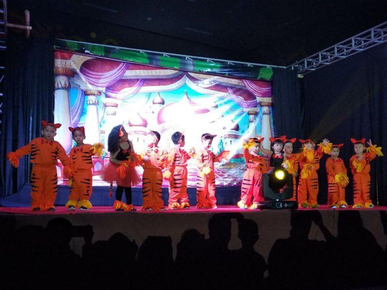 Foto : Graduation Kinderfield Cirebon