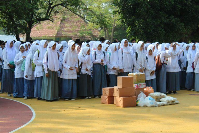 SMA Negeri 4 Cirebon Rutin Adakan Pesantren Ramadan dan Baksos