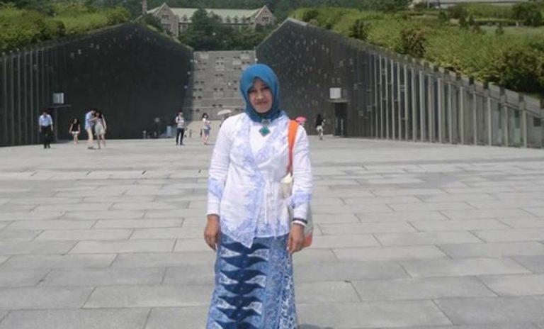 Lismah Rahmawati Rosyid: Peduli Pendidikan Anak Cirebon Lewat Story Telling