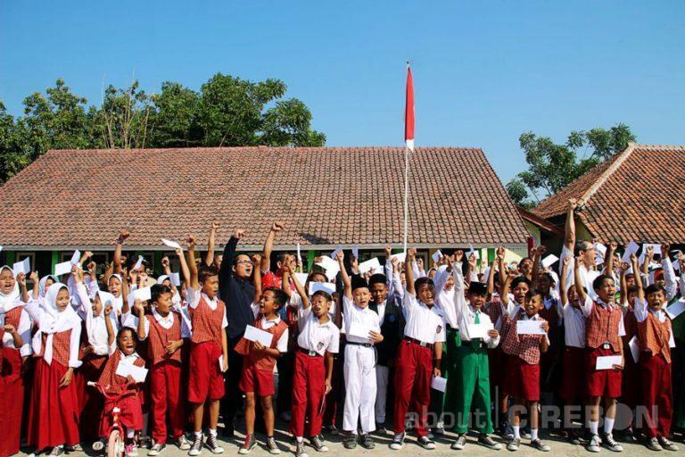 Dorong Siswa Berprestasi, Cirebon Power Berikan Apresiasi untuk 1.000 Pelajar