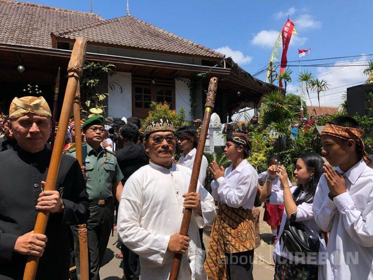 Kepala Staf Kepresidenan Moeldoko Hadiri Upacara Adat Seren Taun di Kuningan