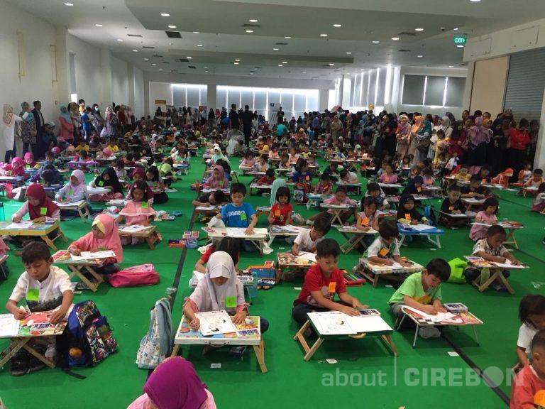 Gramedia Cipto Cirebon Gelar Lomba Mewarnai dan Cek Kesehatan Gratis