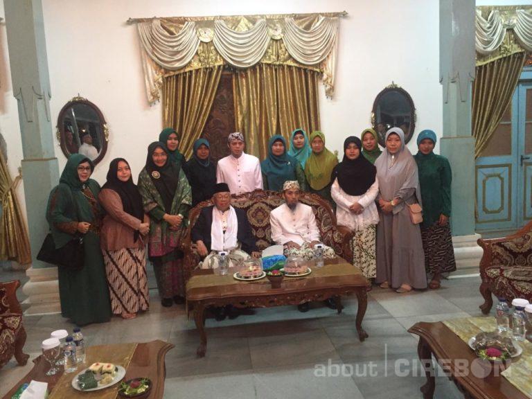 Kunjungi Keraton Kanoman, KH. Ma'ruf Amin Bahas Obrolan Keluarga