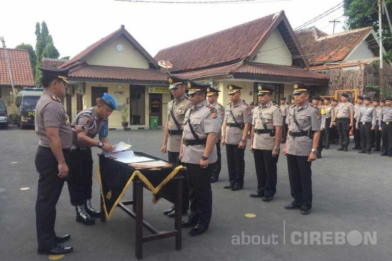 Kapolres Cirebon Kota Pimpin Sertijab 3 Kapolsek dan Kasatlantas