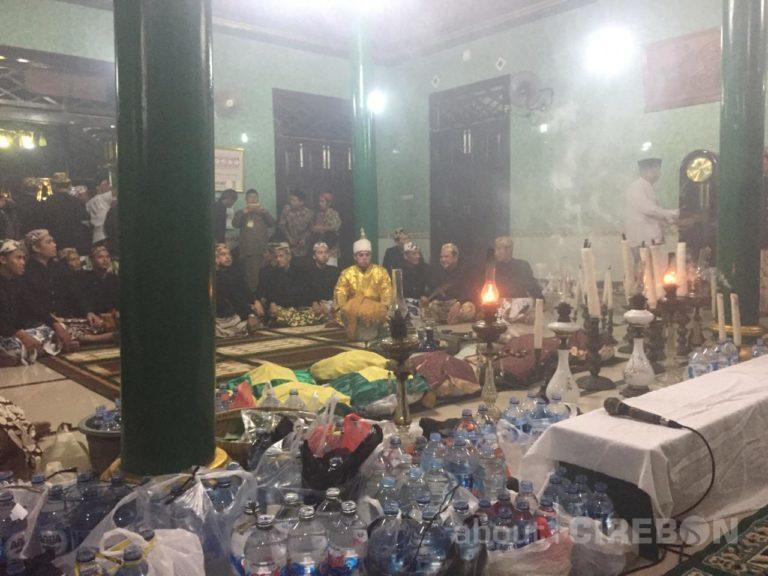 Panjang Jimat di Kesultanan Kanoman Cirebon, Tradisi Peringati Maulid Nabi Muhammad SAW