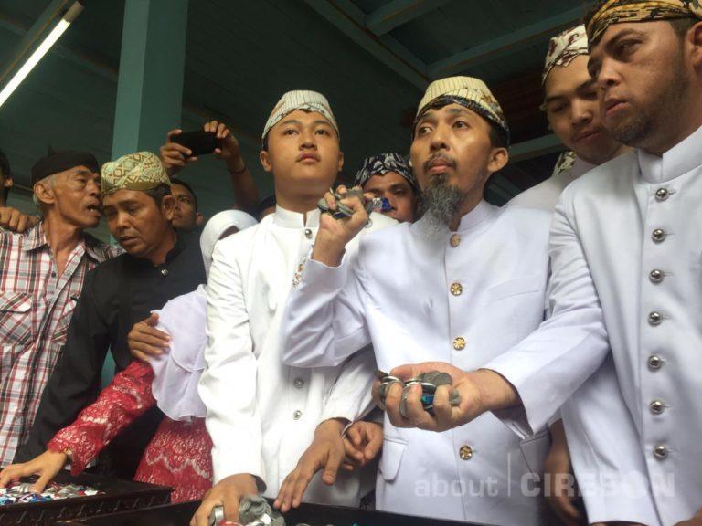 Begini Tradisi Tawurji di Keraton Kanoman Cirebon