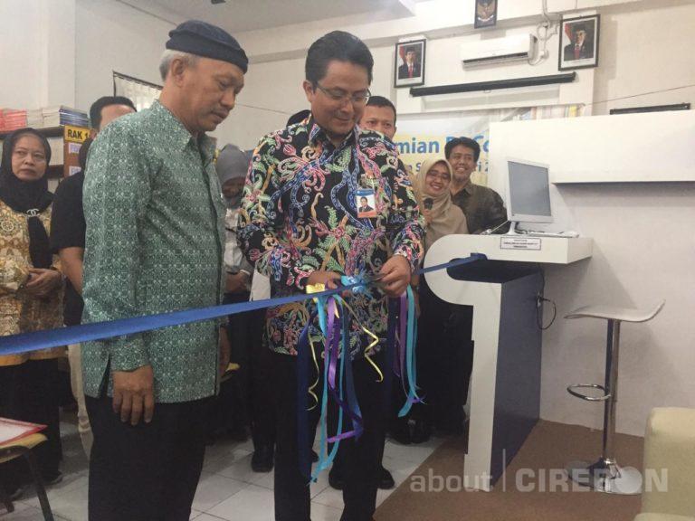 Bank Indonesia Cirebon Resmikan BI Corner di SMAN 2 Cirebon